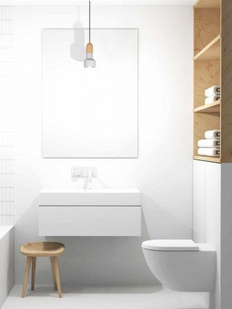 Kleine badkamer met houten kast, witte tegels en gietvloer